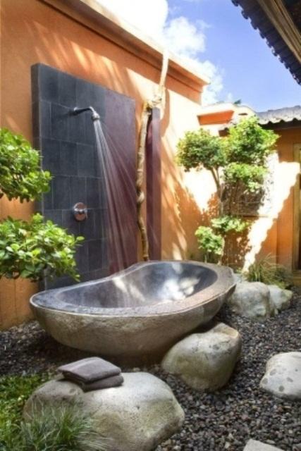 outdoor-bathroom-designs-8