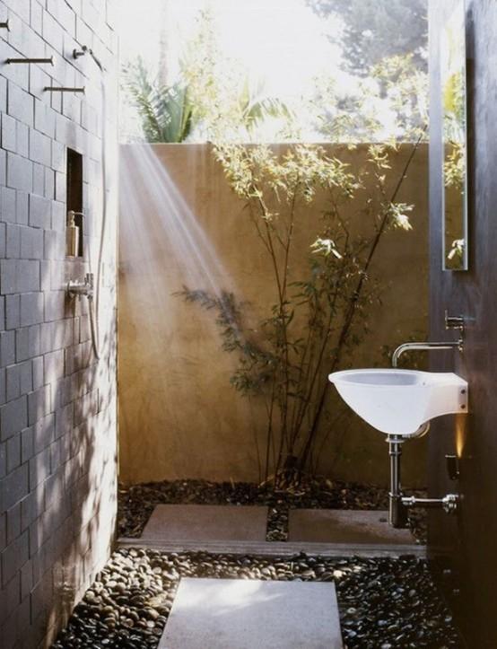 outdoor-bathroom-designs-9