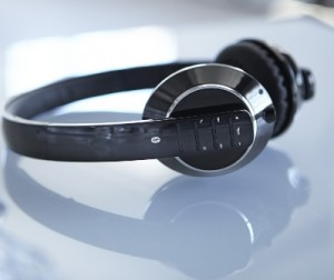 M2214M3V09 bezdrotove sluchadla Bluetooth