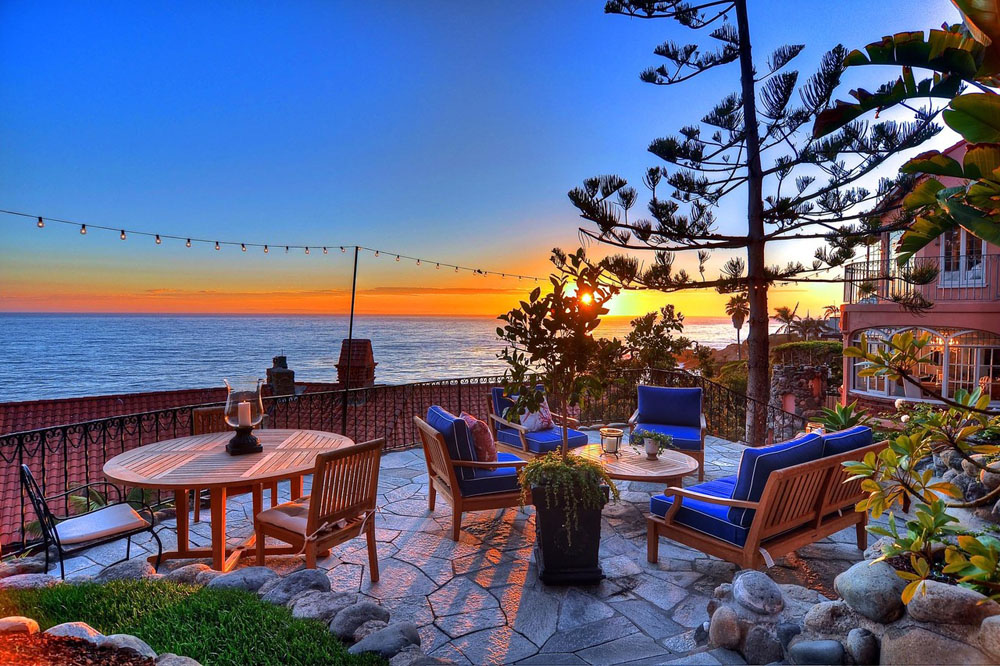 Villa-Rockledge-in-Laguna-Beach-listed-for-30-Million-03