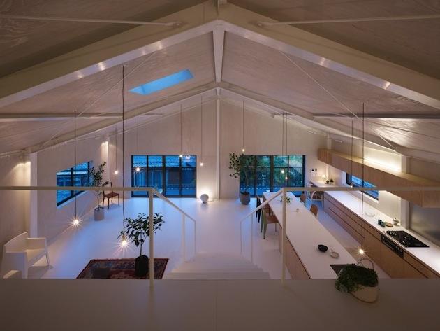 minimalist-loft-space-in-yoro-japan