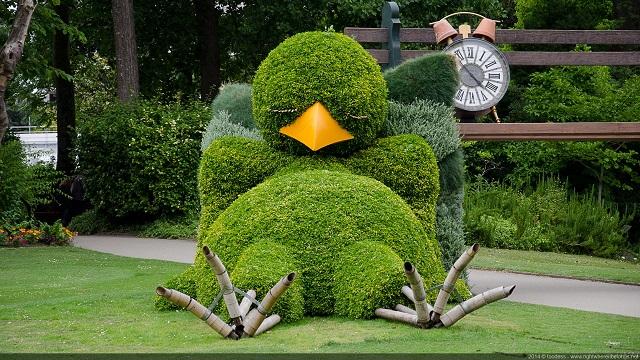 Chick-Topiary-garden-design-2