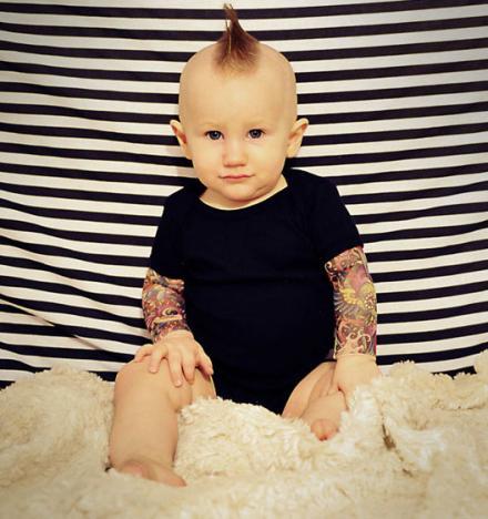 baby-tattoo-sleeves-onsie-thumb