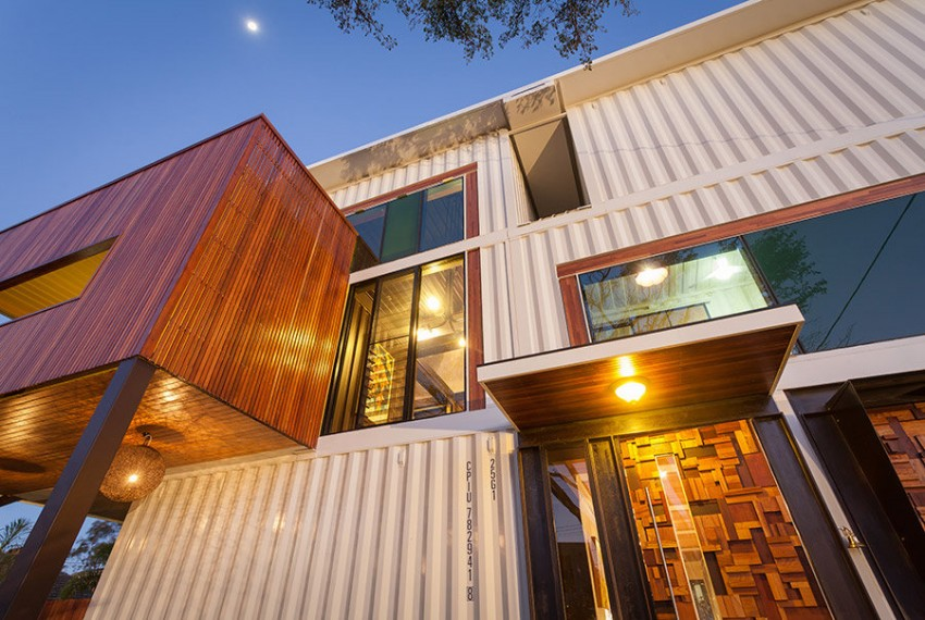 31-Shipping-Container-House-04-850x570