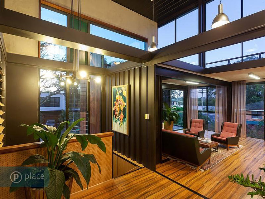 31-Shipping-Container-House-07