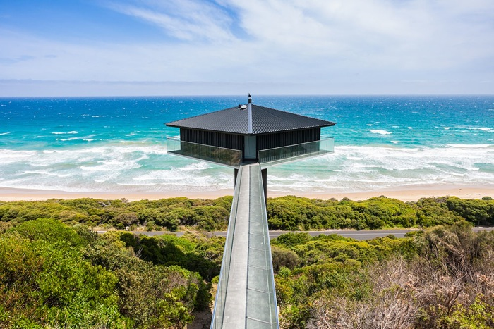 Pole-House-by-F2-Architecture