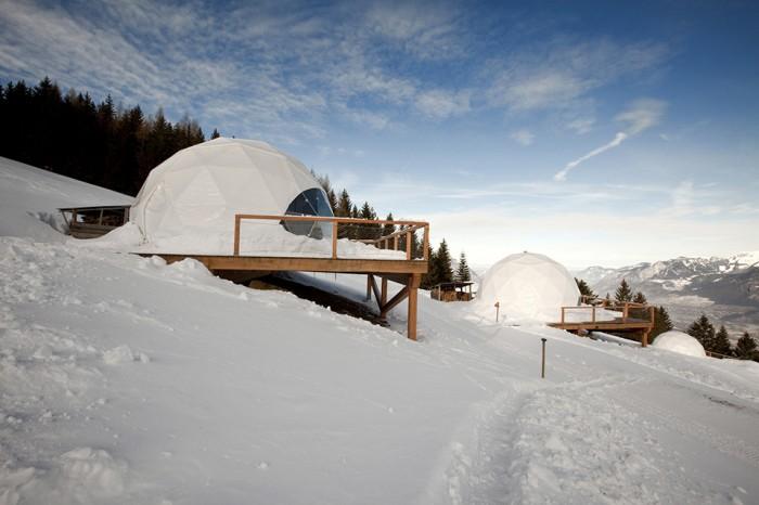 Whitepod-Eco-Luxury-Hotel-in-Switzerland-1-700x466